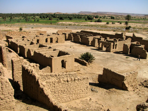 The architectural structure of the Bordj of Erfoud East, Sahara c Berny Sèbe